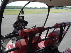 Robinson-Helicopter-R44-0019.JPG