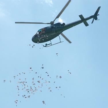 Hubschrauber-Candy-Drop-013.jpg