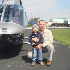 Vor-einem-Hubschrauberflug.JPG
