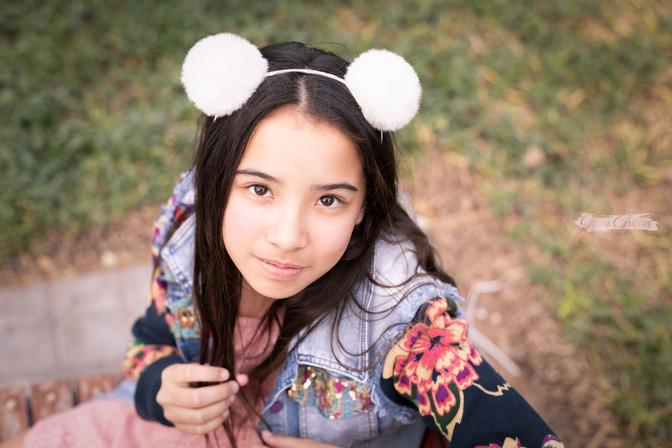preteen outdoor portraits