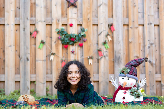Mini sessions for special holidays like portraits for Christmas cards