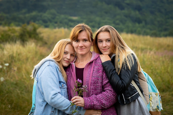 Mother & daughters photo shoot