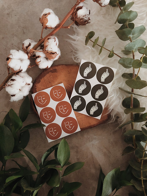 Round Sticker Gift Tags