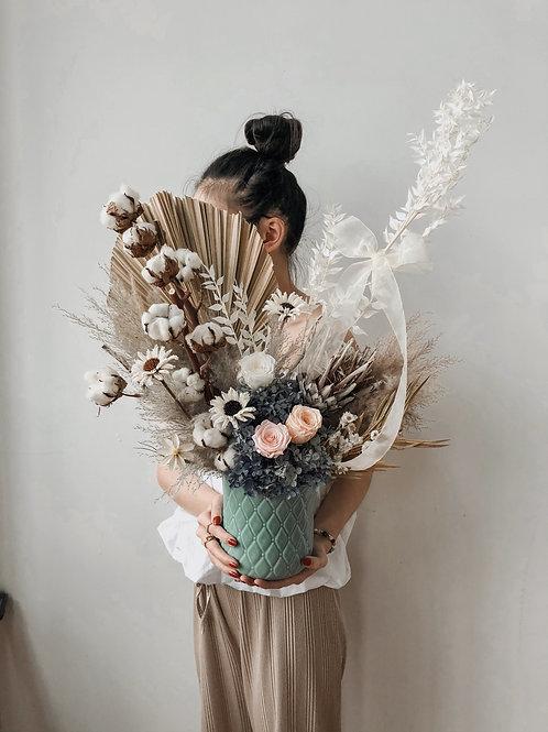 Vase: Nova