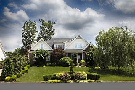 house-1528960_1920.jpg