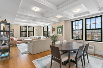 172 West 79th Street Apartment