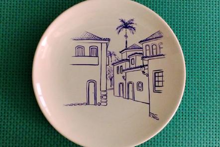 Prato de porcelana Paraty