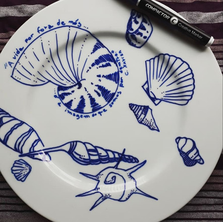 Prato de porcelana Conchas