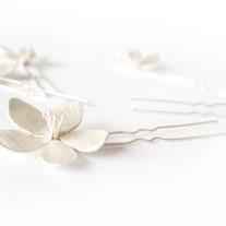 Håndlagede brudesmykker inspirert av epleblomster