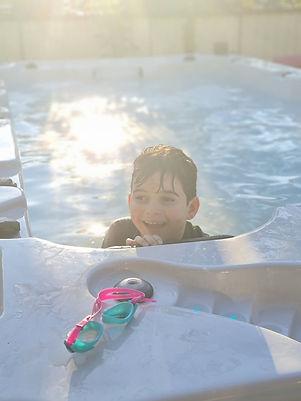 Kid in pool.jpg