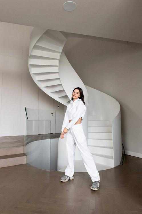 Luz - Suits (White)