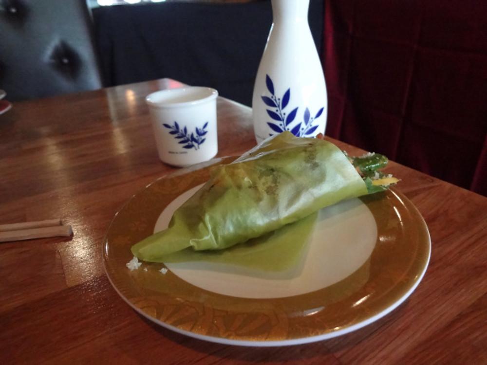 Shrimp Wrap - Shrimp, tempura bits, fresh mango etc wrapped in a Soy Bean paper.