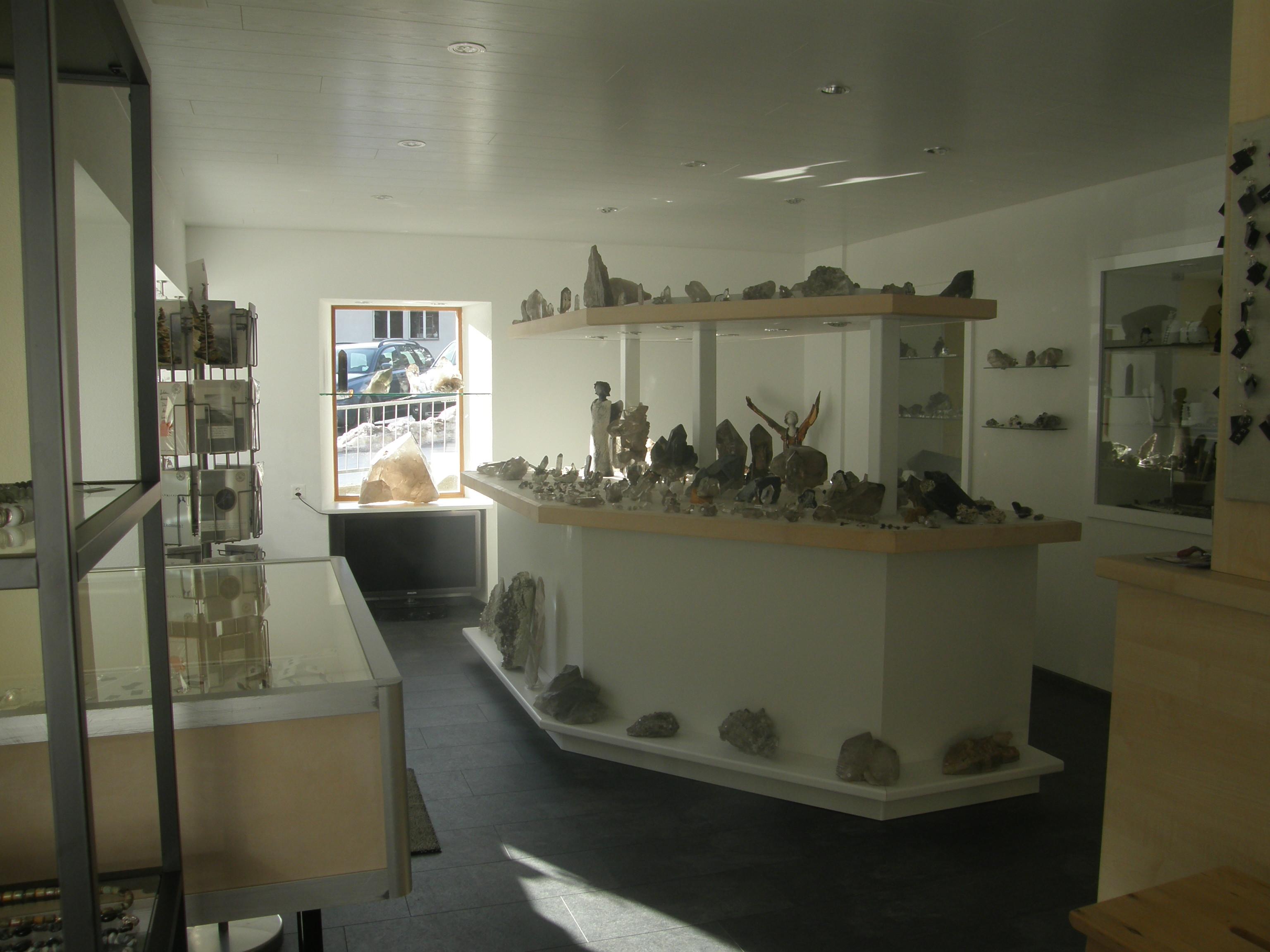 Ausstellung und Verkauf Kristalle