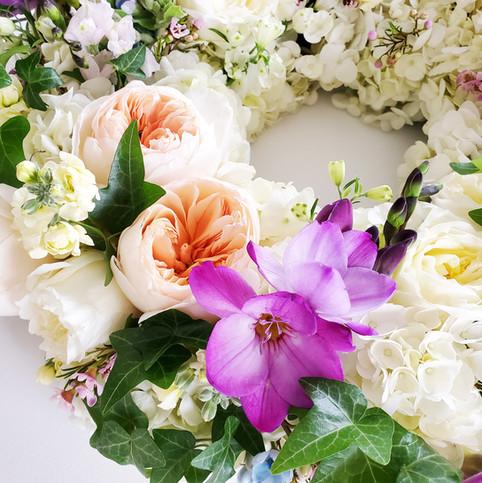 funeral-wreath-purple-detail.jpg