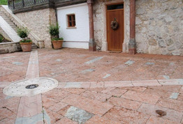 Bodenbeläge und Terrassen aus Naturstein