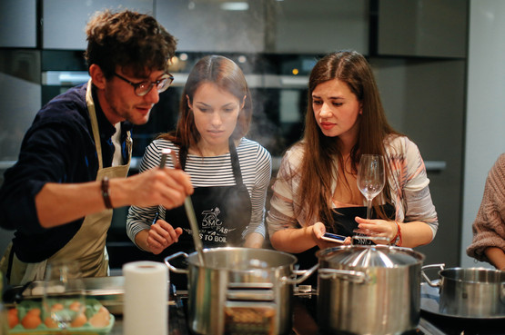 B2B Cooking class, dinner & wine tasting