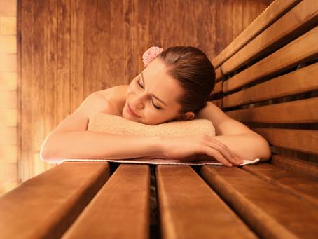 Letní měsíce prospívají imunitě: Posilujte ji chytře díky sauně