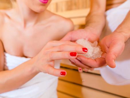 Saunová kosmetika se vám dostane pod kůži. Jak vybrat tu pravou?