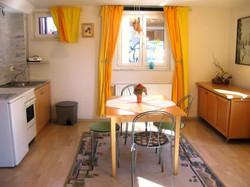Esszimmer und Küchenzeile
