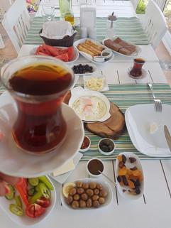 Kahvaltı ve Çay