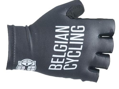 Belgium gloves