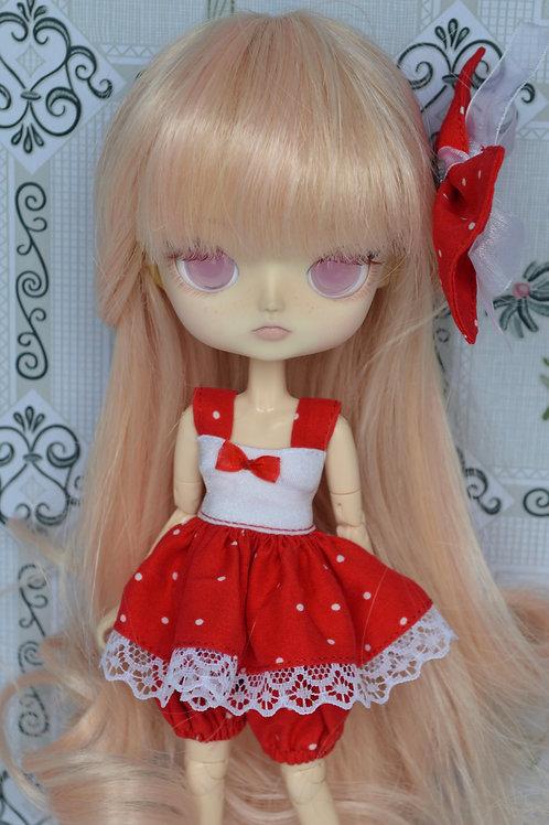 Outfit Pico rouge à poids