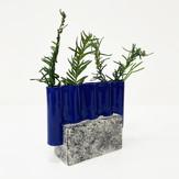 Tiny Wavy Vase_Blue 01c.jpg