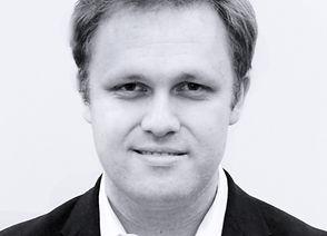 Alexei-Chernov_pianist2.jpg