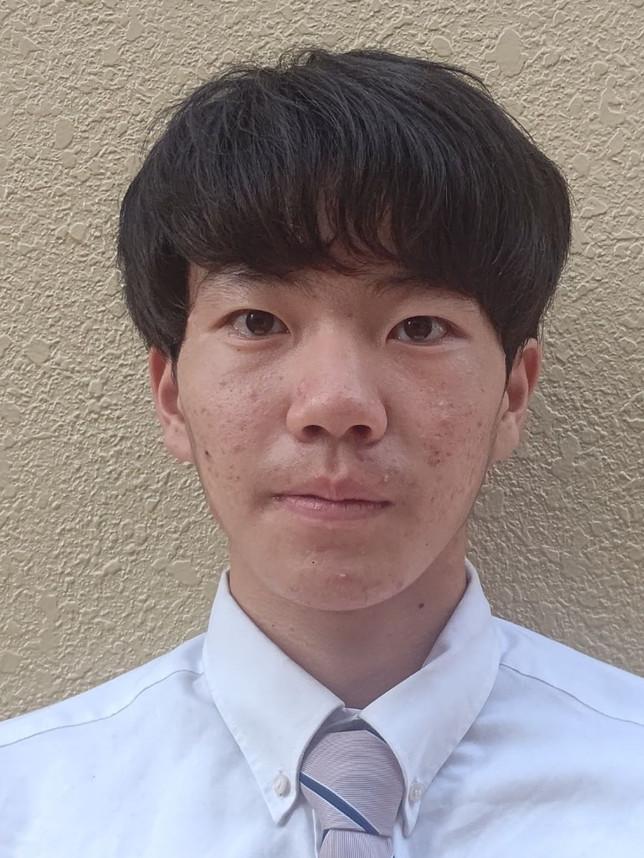 なりた のりお 成田 憲央  2年生  背番号 19  ライトハンド  身長 178cm  体重 64kg  八戸第二中学校 出身
