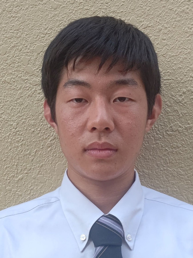 すずき ゆうき 鈴木 祐貴  3年生  背番号 47  レフトハンド  身長 178cm  体重 70kg  熱海中学校 出身