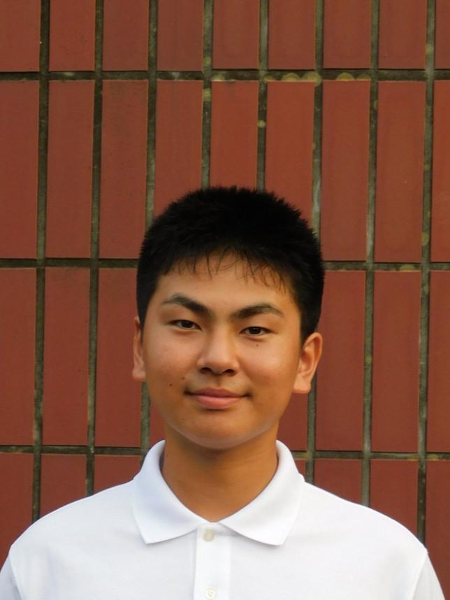 さいとう そうた 齊藤 壮太  1年生  背番号 1  レフトキャッチ  身長170cm  体重 73kg  八戸第二中学校 出身
