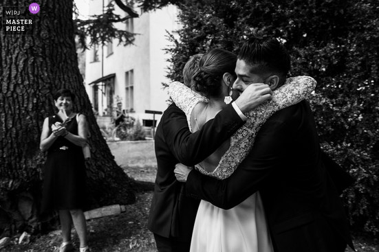 wedding-photographer-2610227.jpg