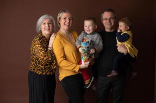Photo de famille au studio Mirecourt.jpg