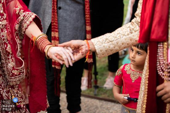 wedding-photographer-2551116.jpg