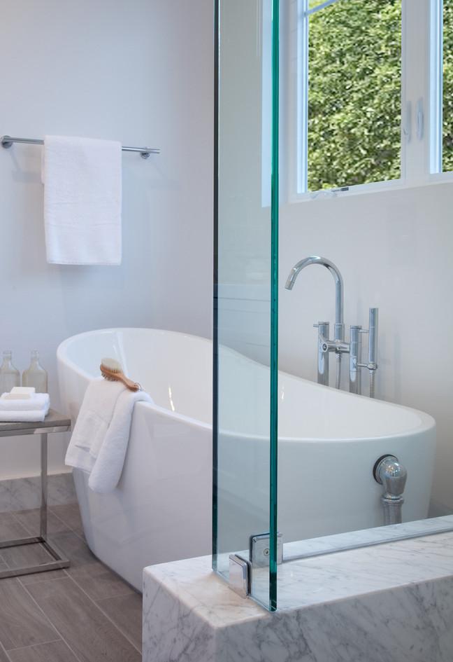 solana beach bathroom.jpg