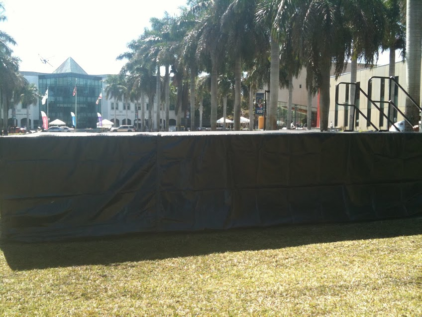 5' High Stage