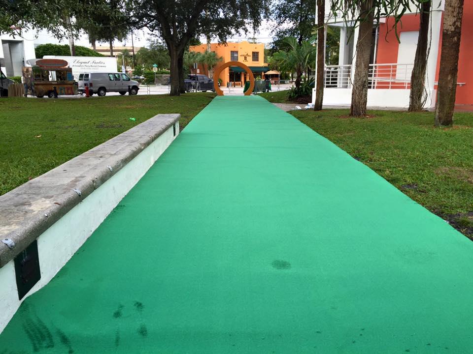 Green Capet