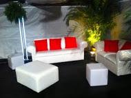 Side Lounge