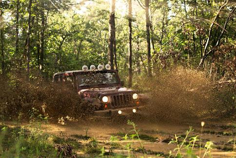 38 - Jeep_Mud_web.jpg