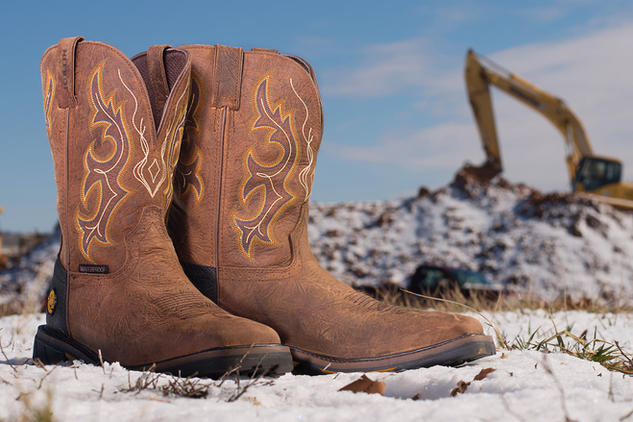 36 - Boots_Snow_web.jpg