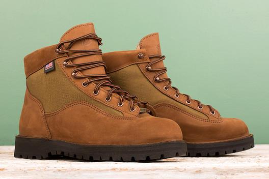 4 - Boots_Green_web.jpg