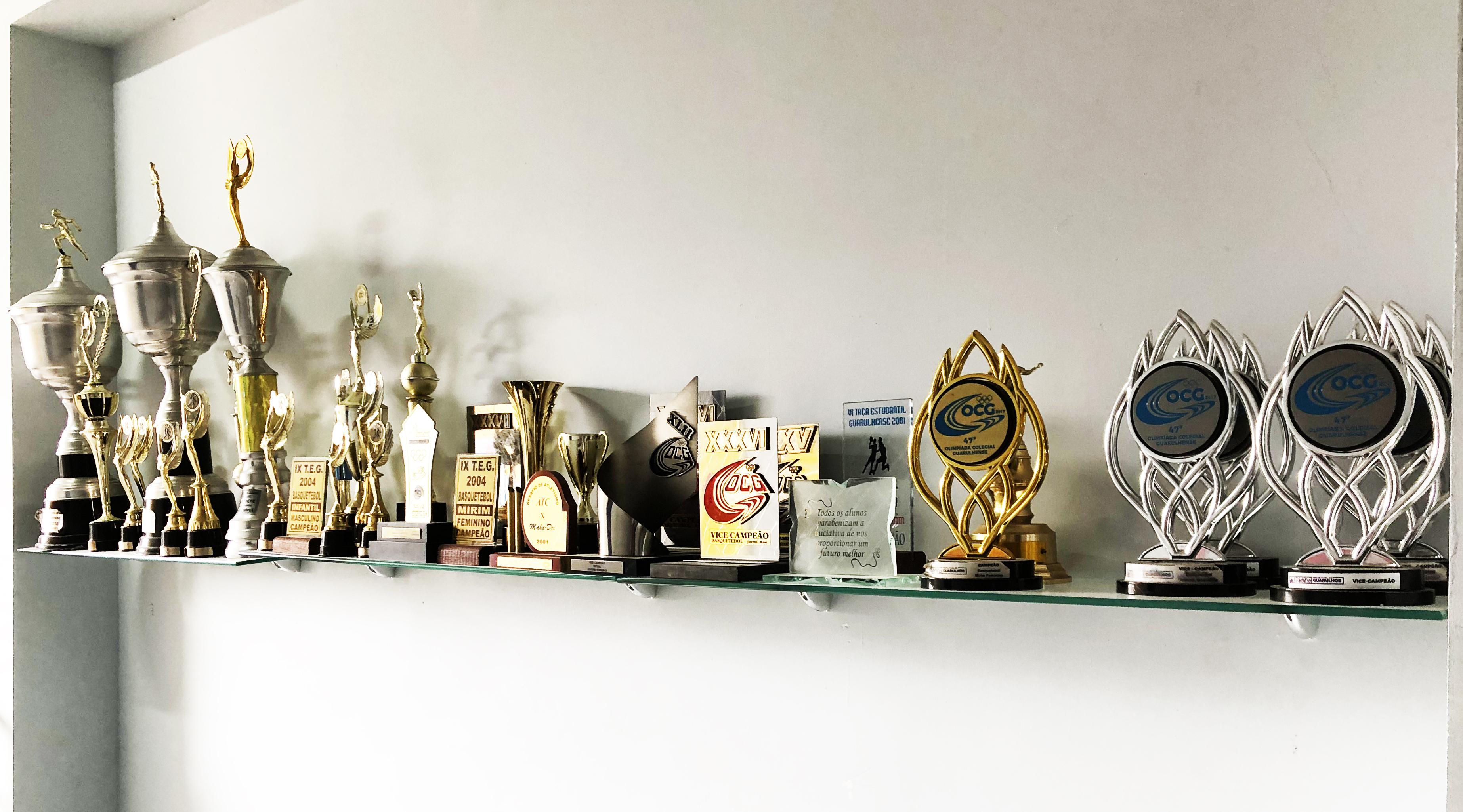 Troféus - Colégio - Maha Dei