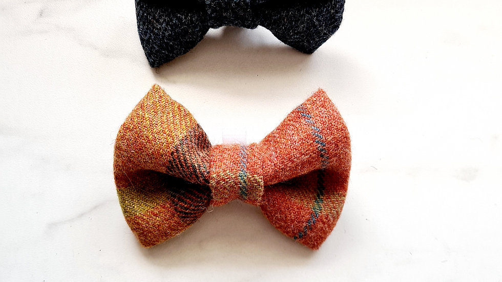 Corrie Tweed Bow Tie Set