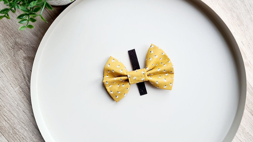 Mellow Yellow Bow