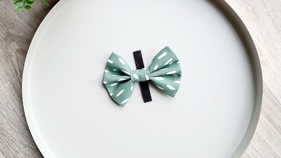 Speckled Sage Bow