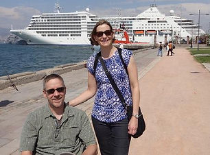 dave and laura with cruise ship.JPG
