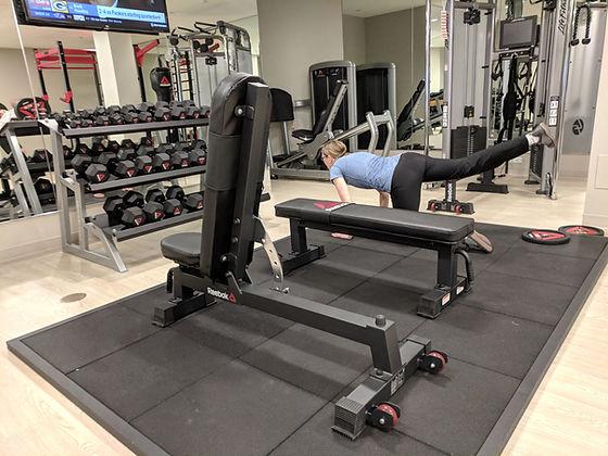 laura exercising in gym.jpg