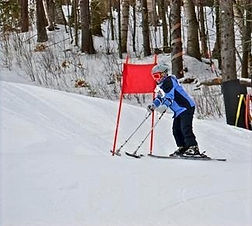adaptive skiing with MS.jpg