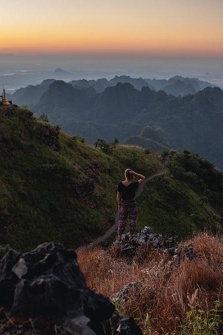 Mount Zwegabin in Myanmar near Hpa-an picture from hungrigaufmeer