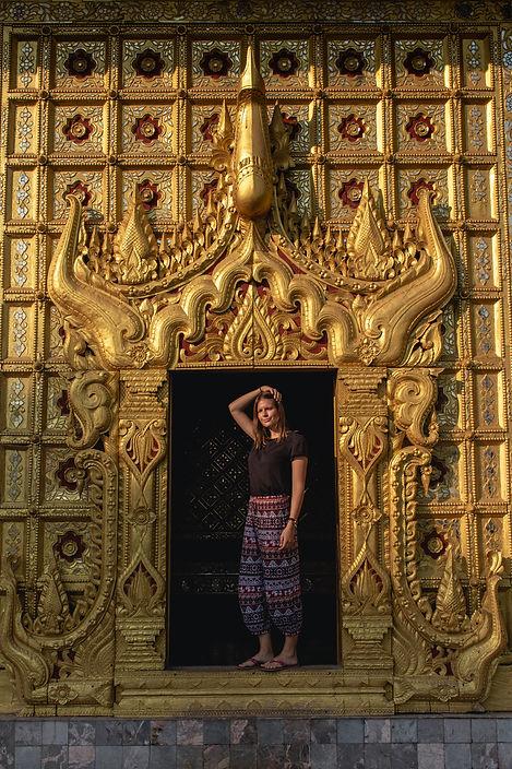 Kanbawzathadi Myanmar bago pagoda and tempel